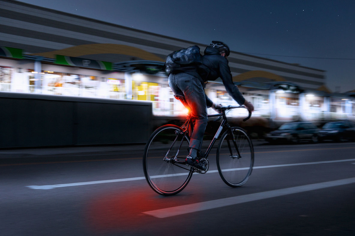 The 5 Best Bicycle Lights For Your Evening Commute
