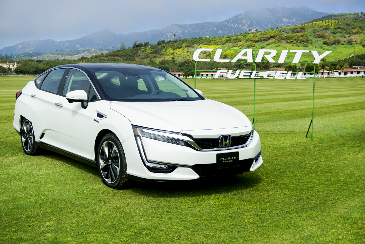 Honda Hybrid Vehicles >> 2017 Honda Clarity first drive