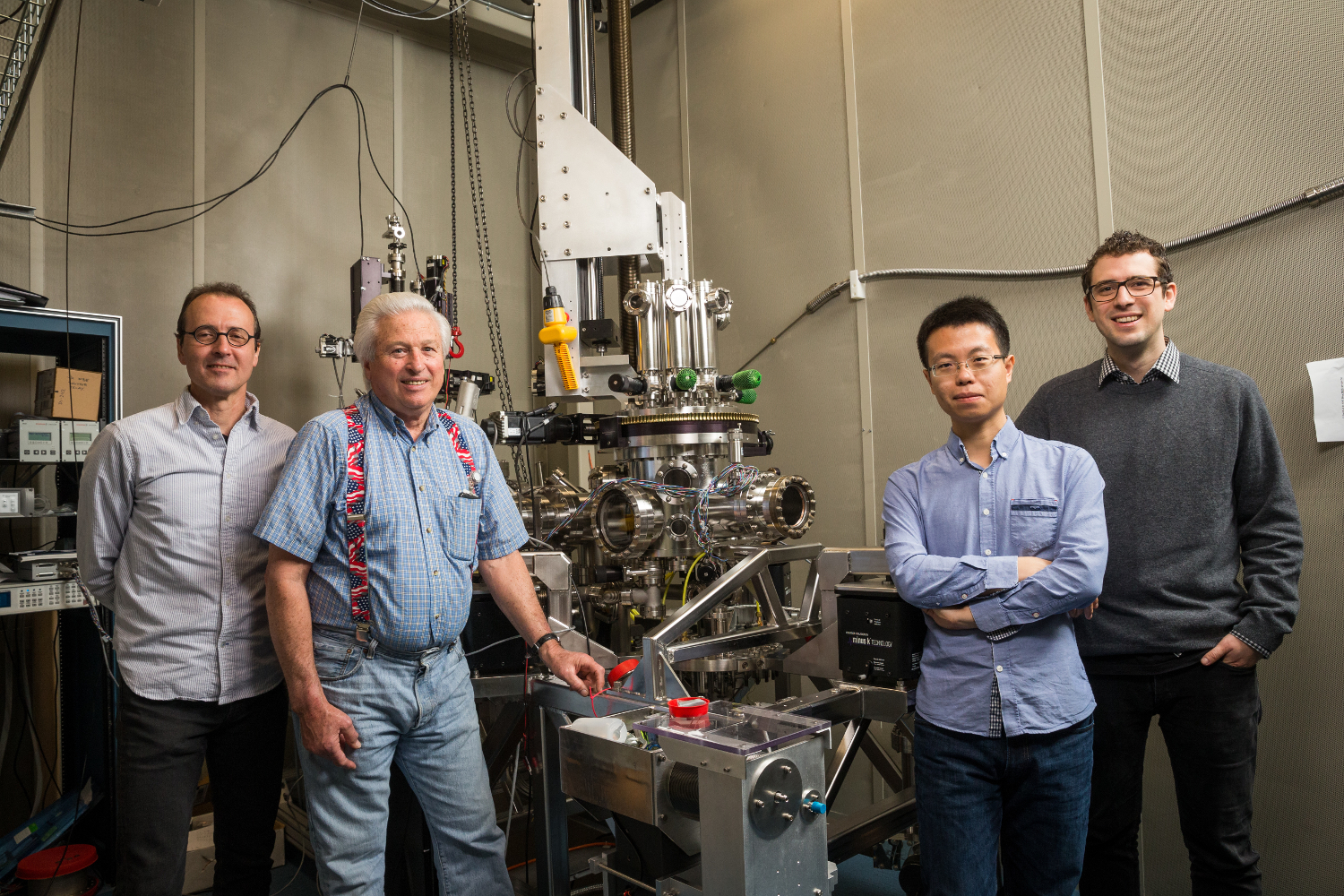 Single-atom magnet paves way for denser storage devices
