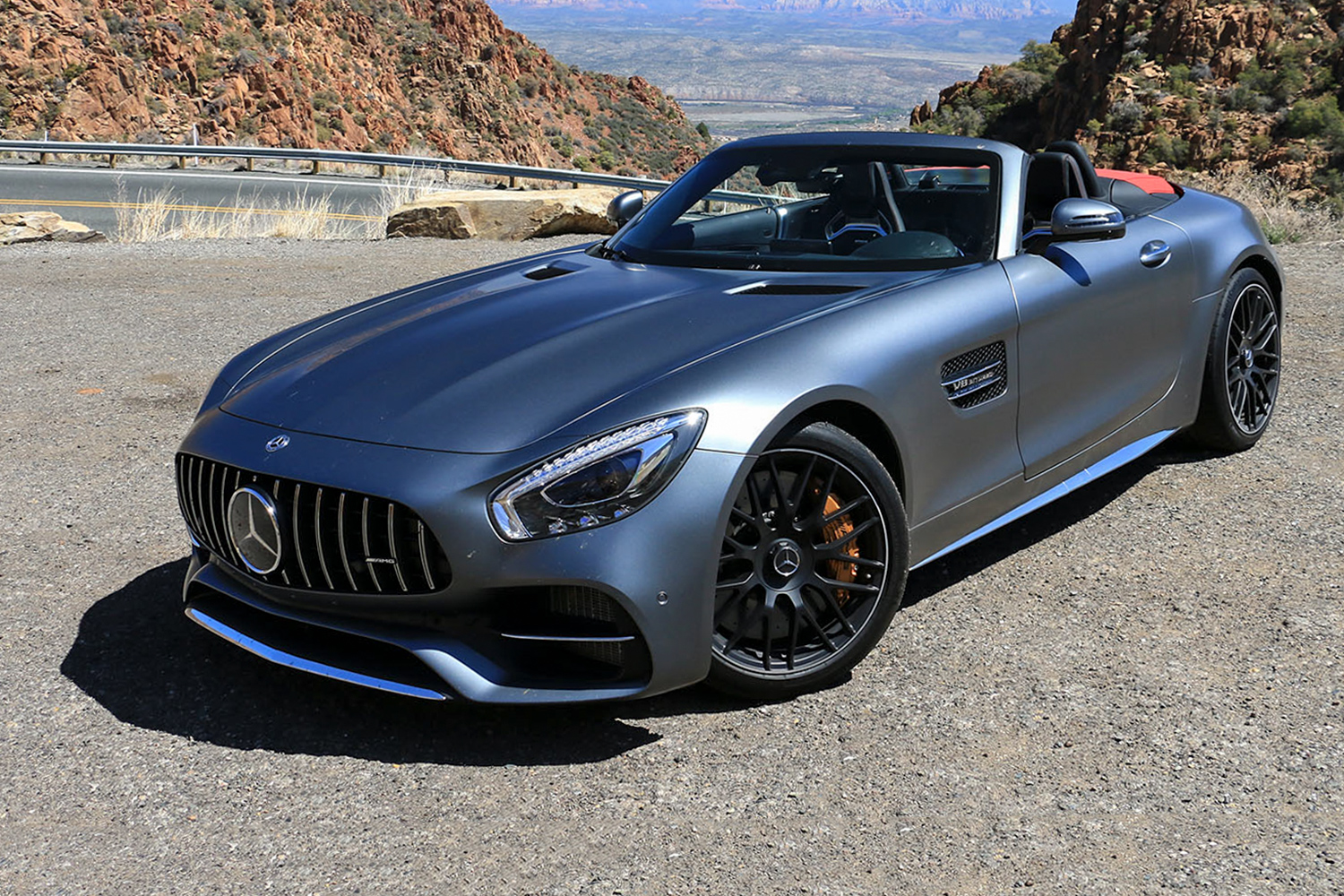 2018 mercedes amg gt c roadster first drive digital trends. Black Bedroom Furniture Sets. Home Design Ideas