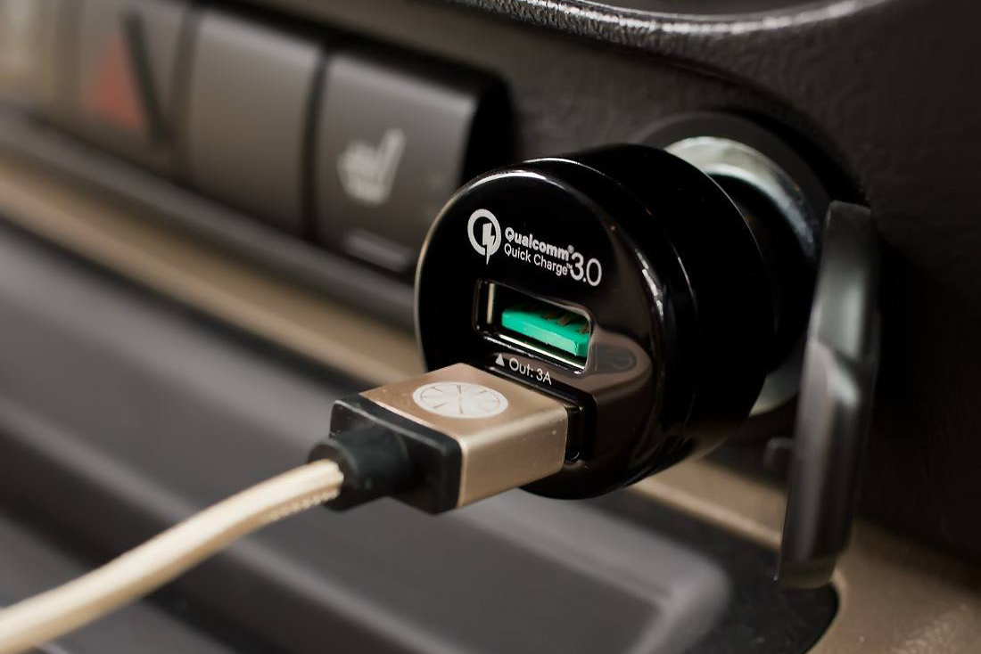 the 5 best smartphone chargers for your car digital trends. Black Bedroom Furniture Sets. Home Design Ideas