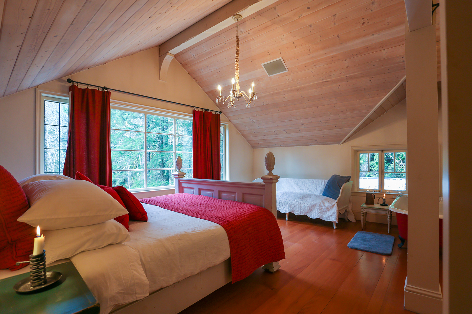 How to Take Great Pictures for Your Airbnb Rental Unit