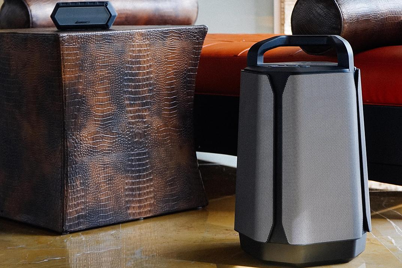 Kết quả hình ảnh cho Soundcast VG7 outdoor Bluetooth speaker