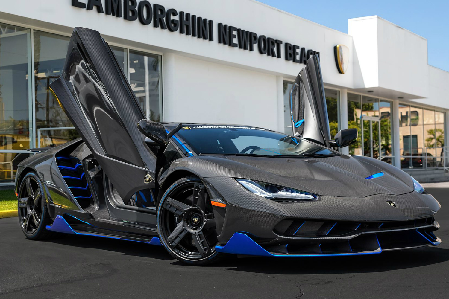 2 Person Smart Car >> The first Lamborghini Centenario sold in the U.S. was unboxed in Newport Beach