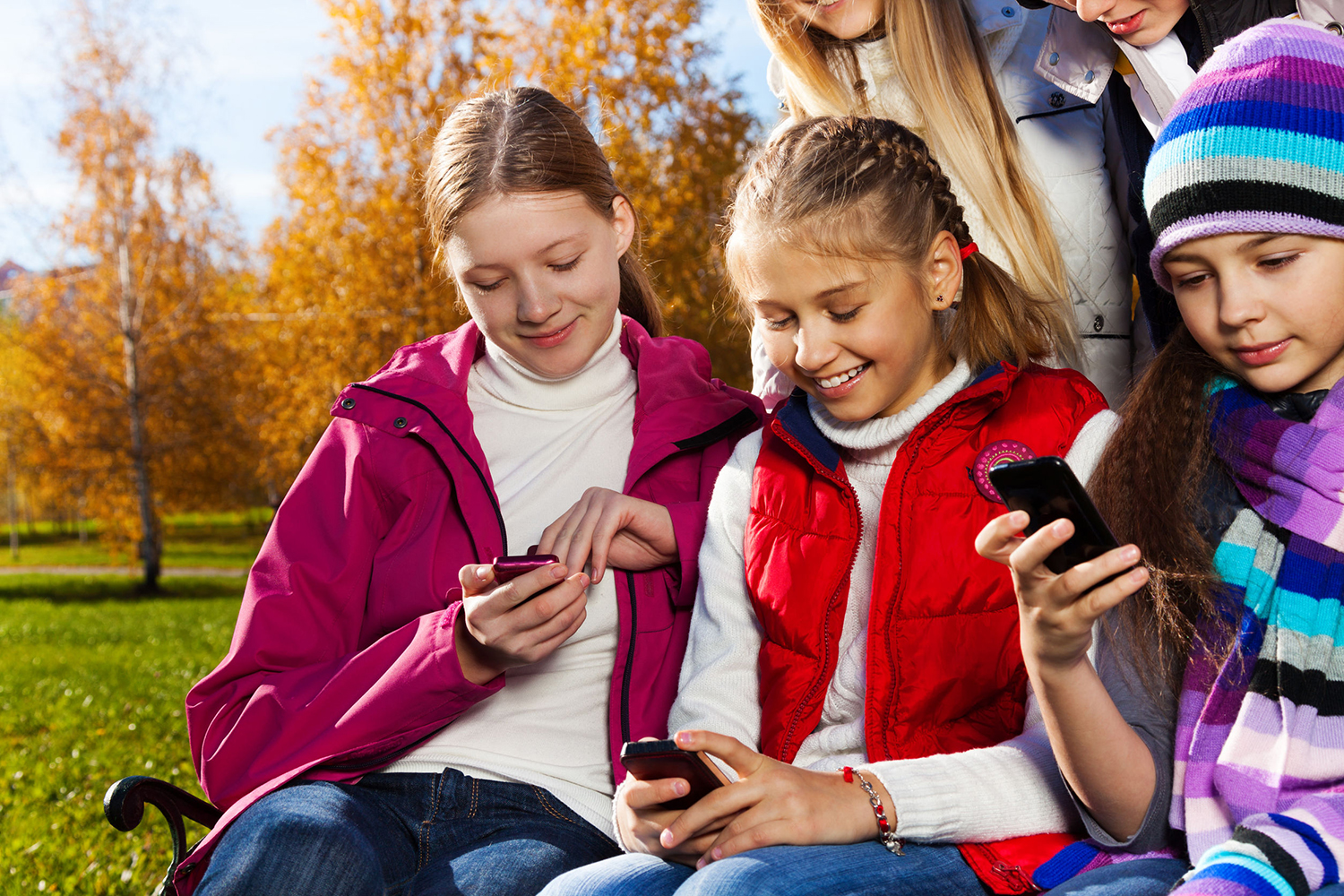 kids and mobile phones Mobile phones have completely changed the way people interact you can call, send text messages, read emails, play games as well as read and edit documents on the go today, the mobile phone has become part and parcel of many people's lives.