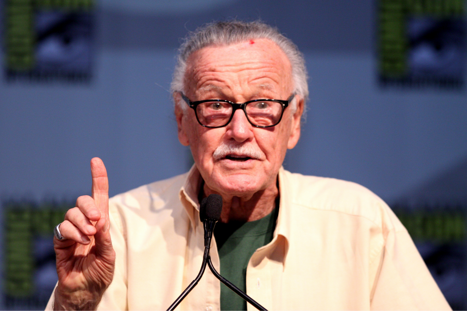 Get Excited Marvel Fans Stan Lee Is Creating An