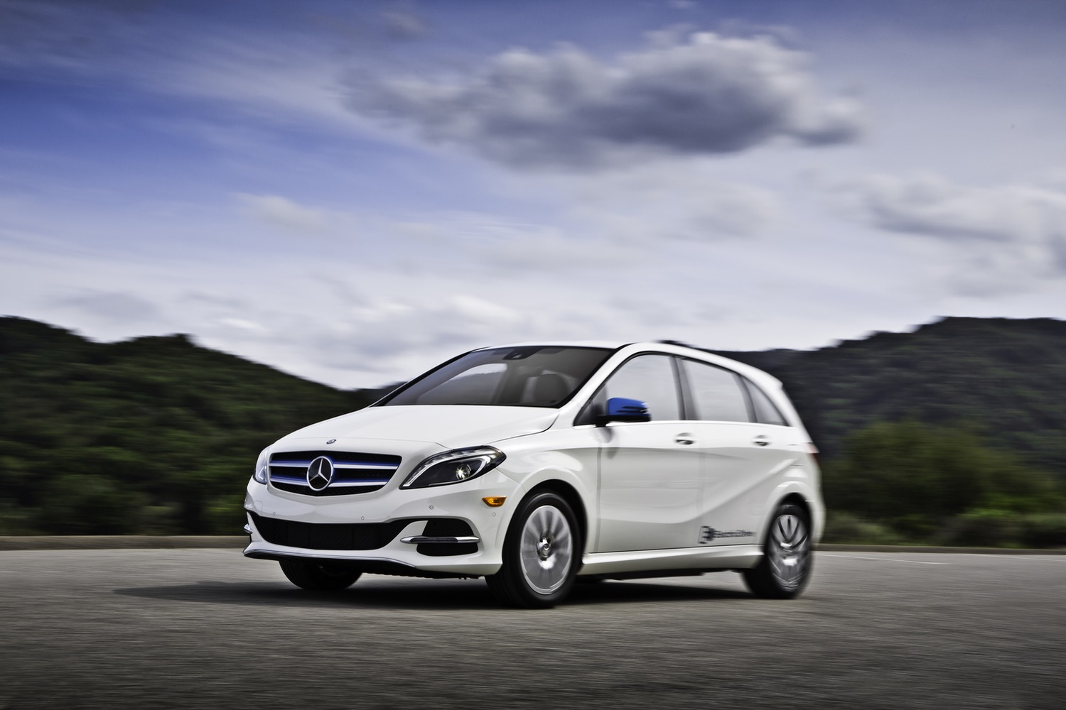 mercedes benz b class electric drive gets the ax ahead of electric car reboot. Black Bedroom Furniture Sets. Home Design Ideas