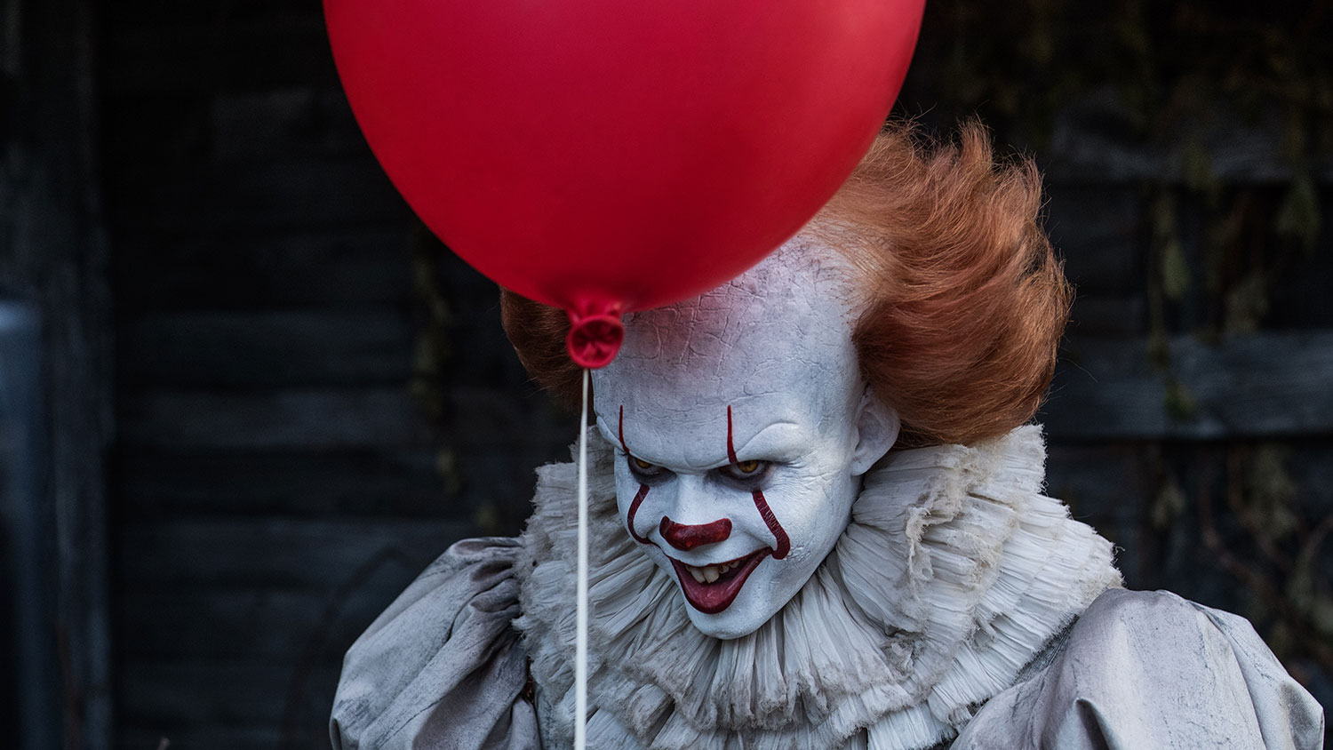 'It' shatters box office records