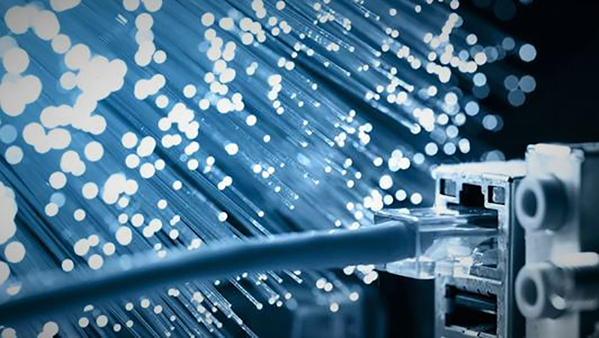 Twisted photons may give the speed of fiber optics with ...