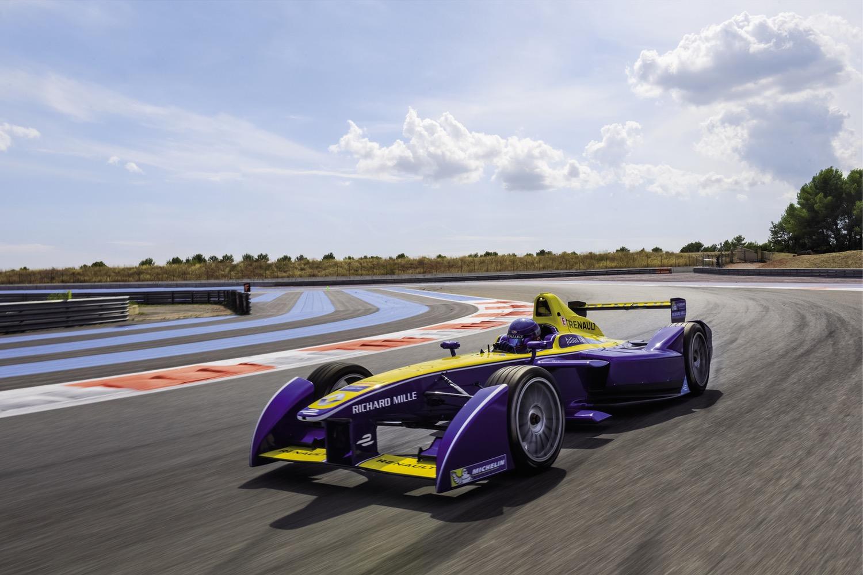 nissan future race car - photo #42