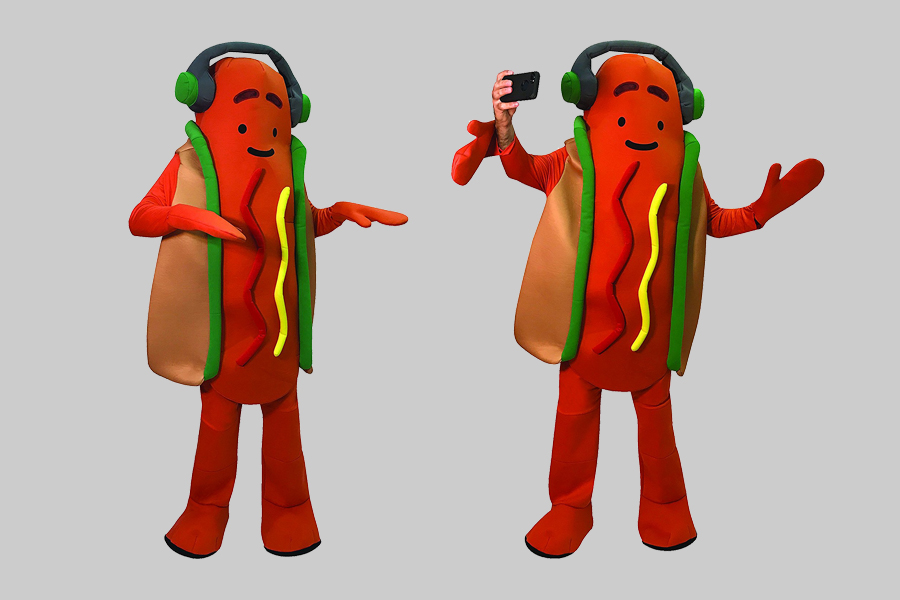 Snapchat's dancing augmented reality hot dog is now a Halloween costume
