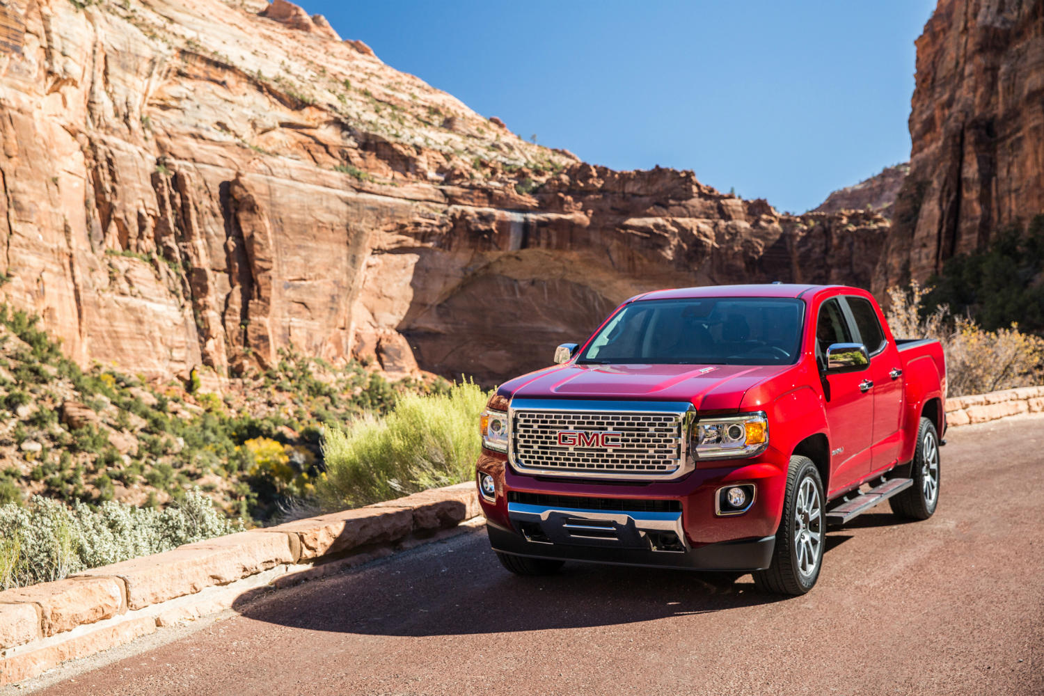 2018 gmc canyon release date prices specs features digital trends. Black Bedroom Furniture Sets. Home Design Ideas