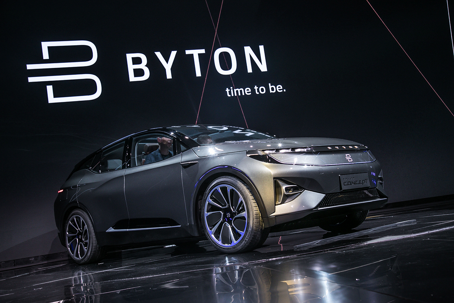 Byton Concept Standard Ces Car 043416316 on car b pillar