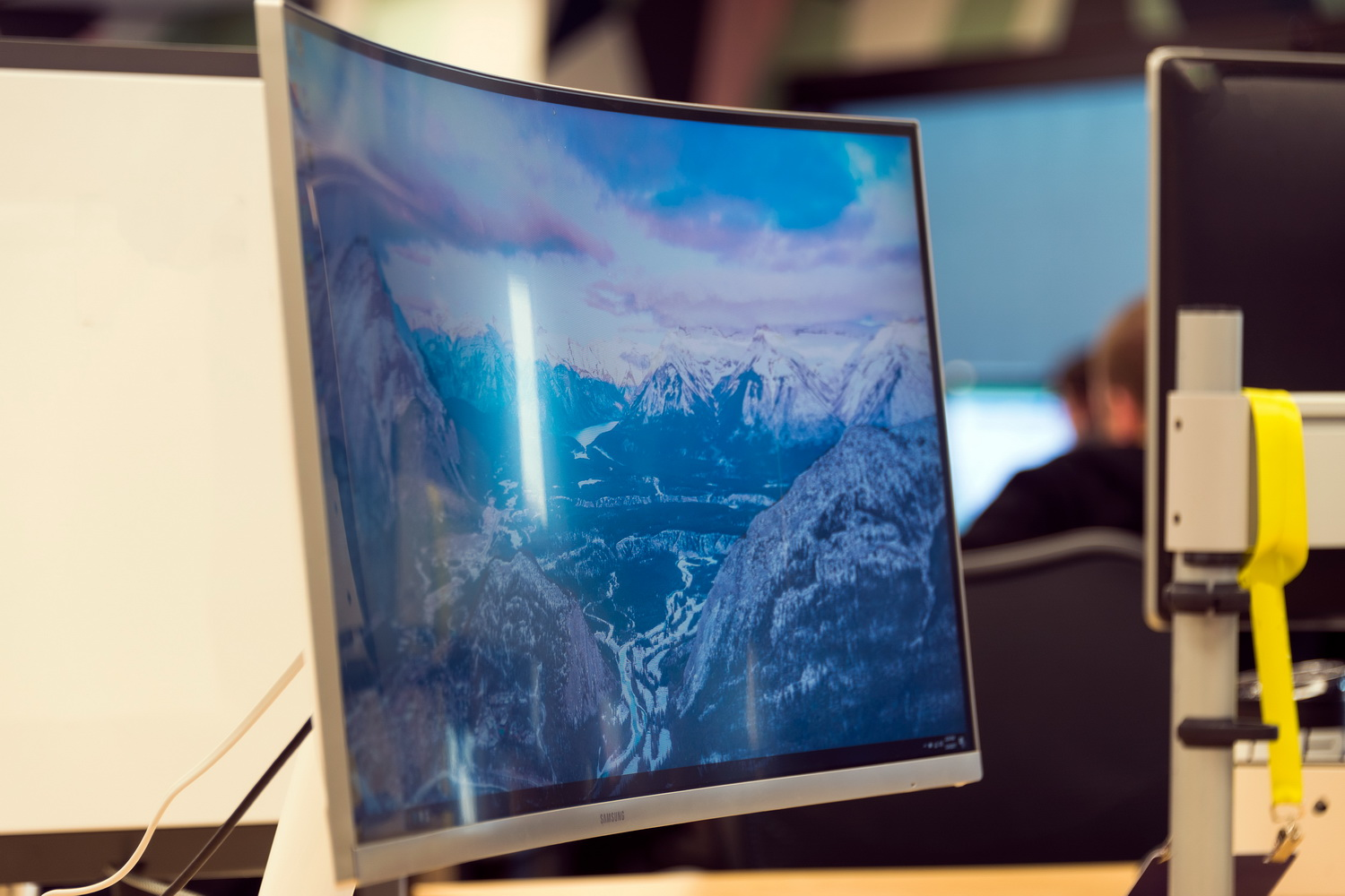 The Best Curved Monitors You Can Buy In 2018 Digital Trends