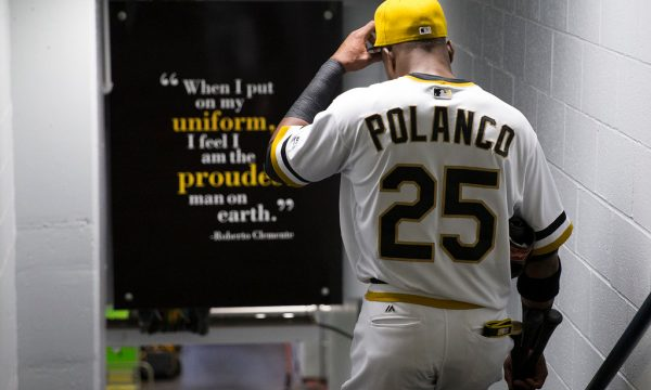 Gregory-Polanco-roberto-clemente-sign-pittsburgh-pirates