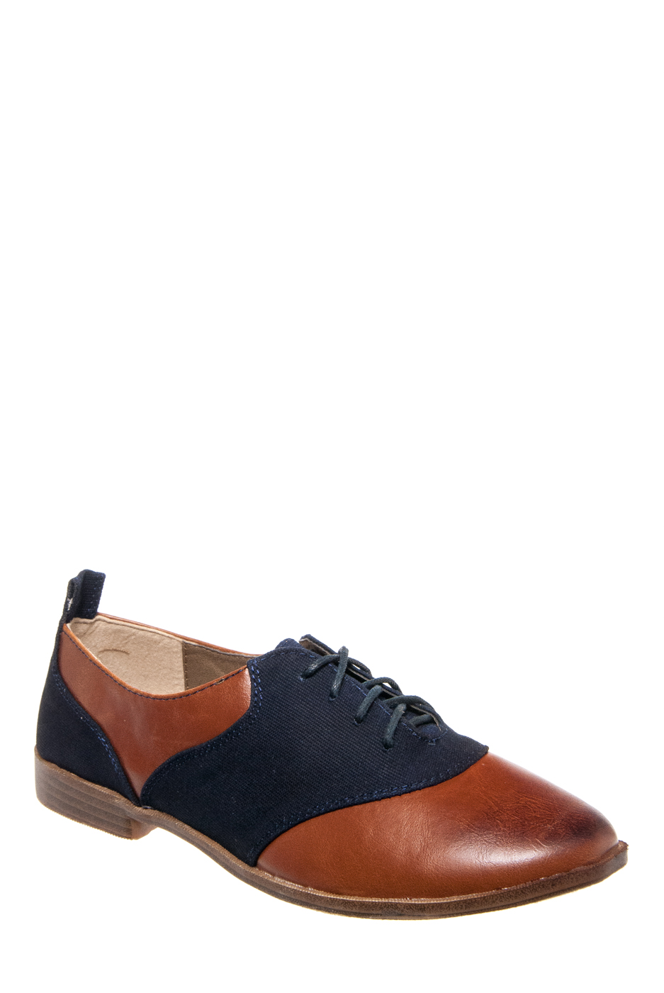 RESTRICTED Betsy Oxford Shoes