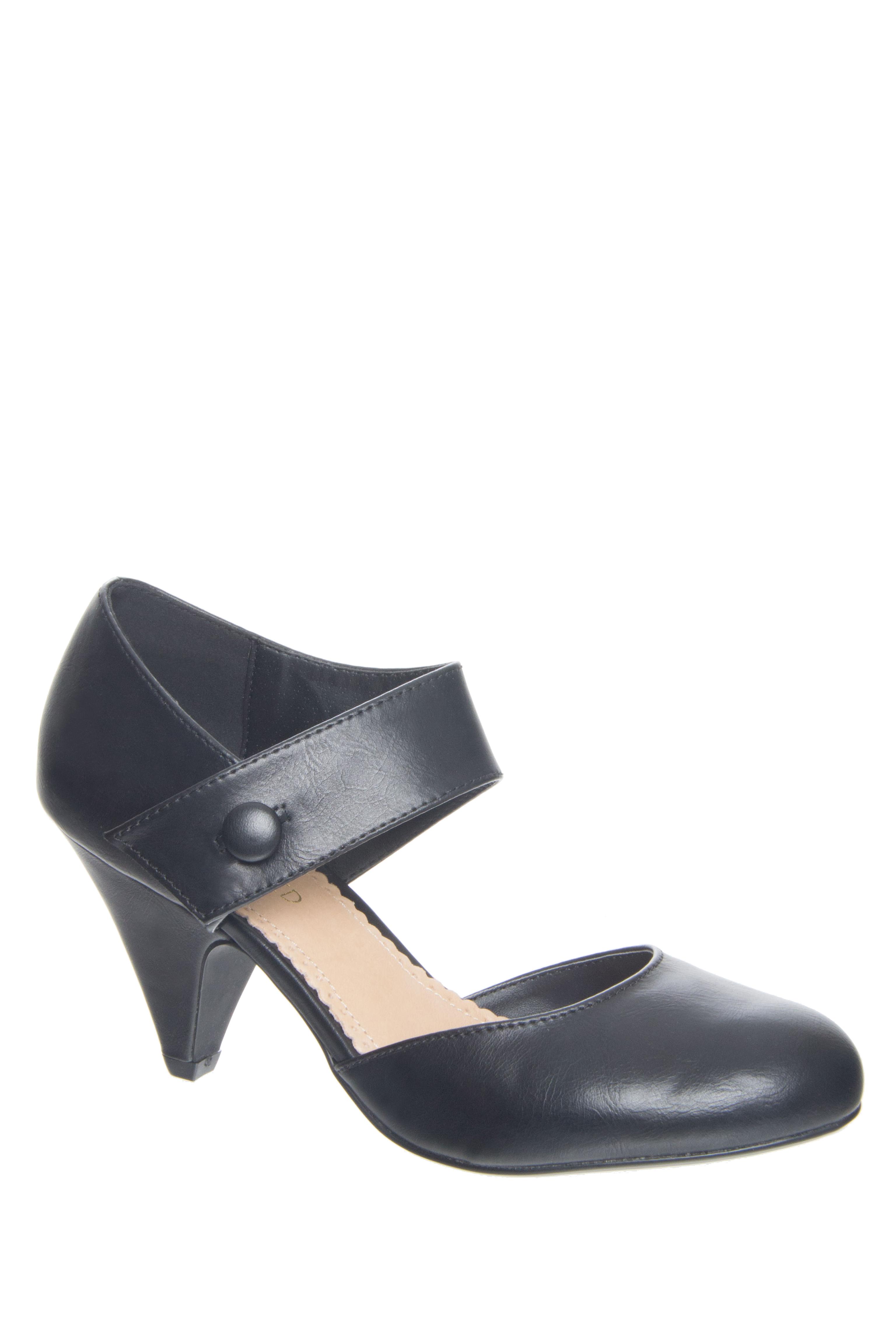 Restricted Chatroom Mid Heel Pumps - Black