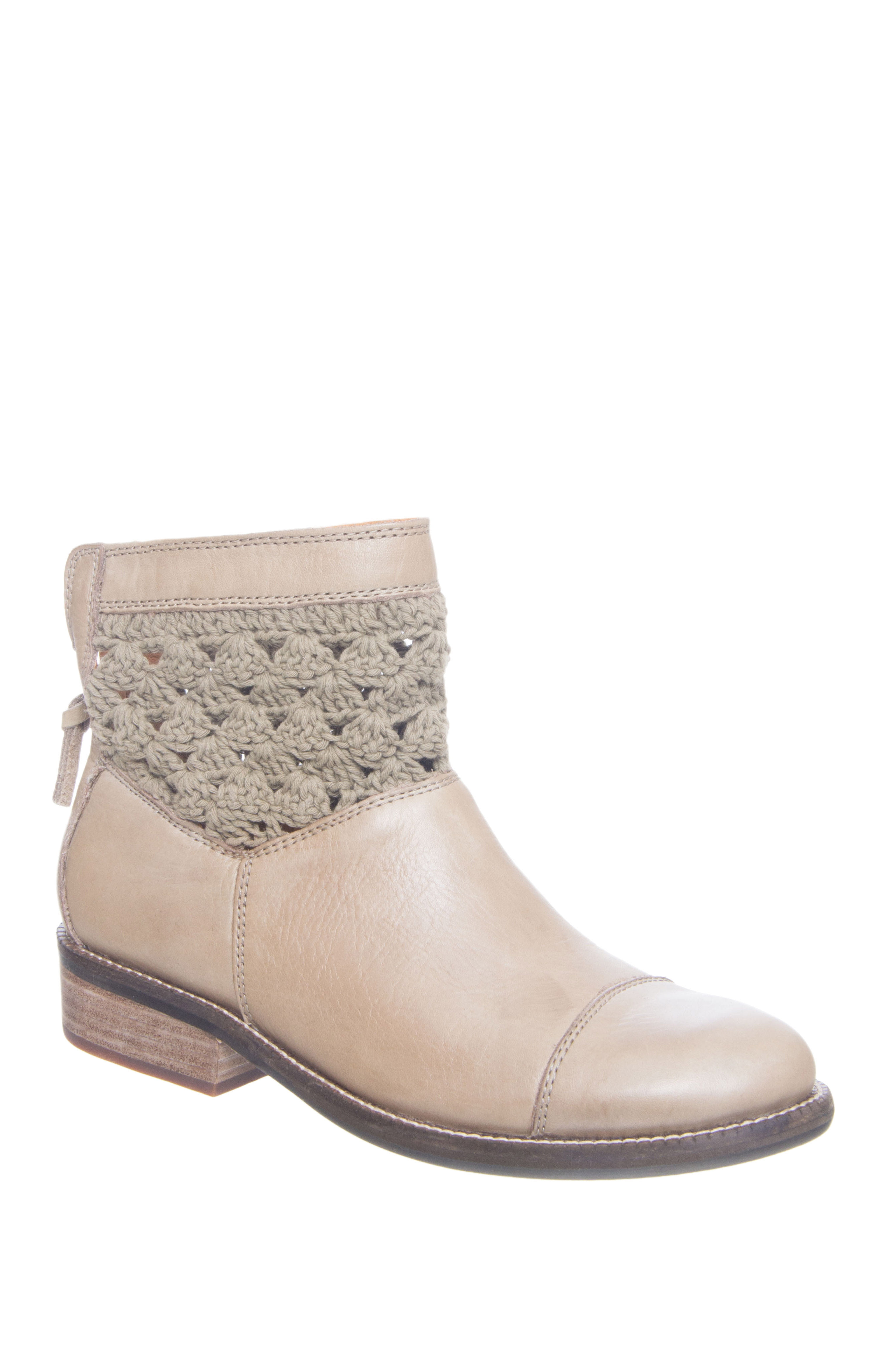 Latigo Carly Crochet Cuff Booties - Mushroom