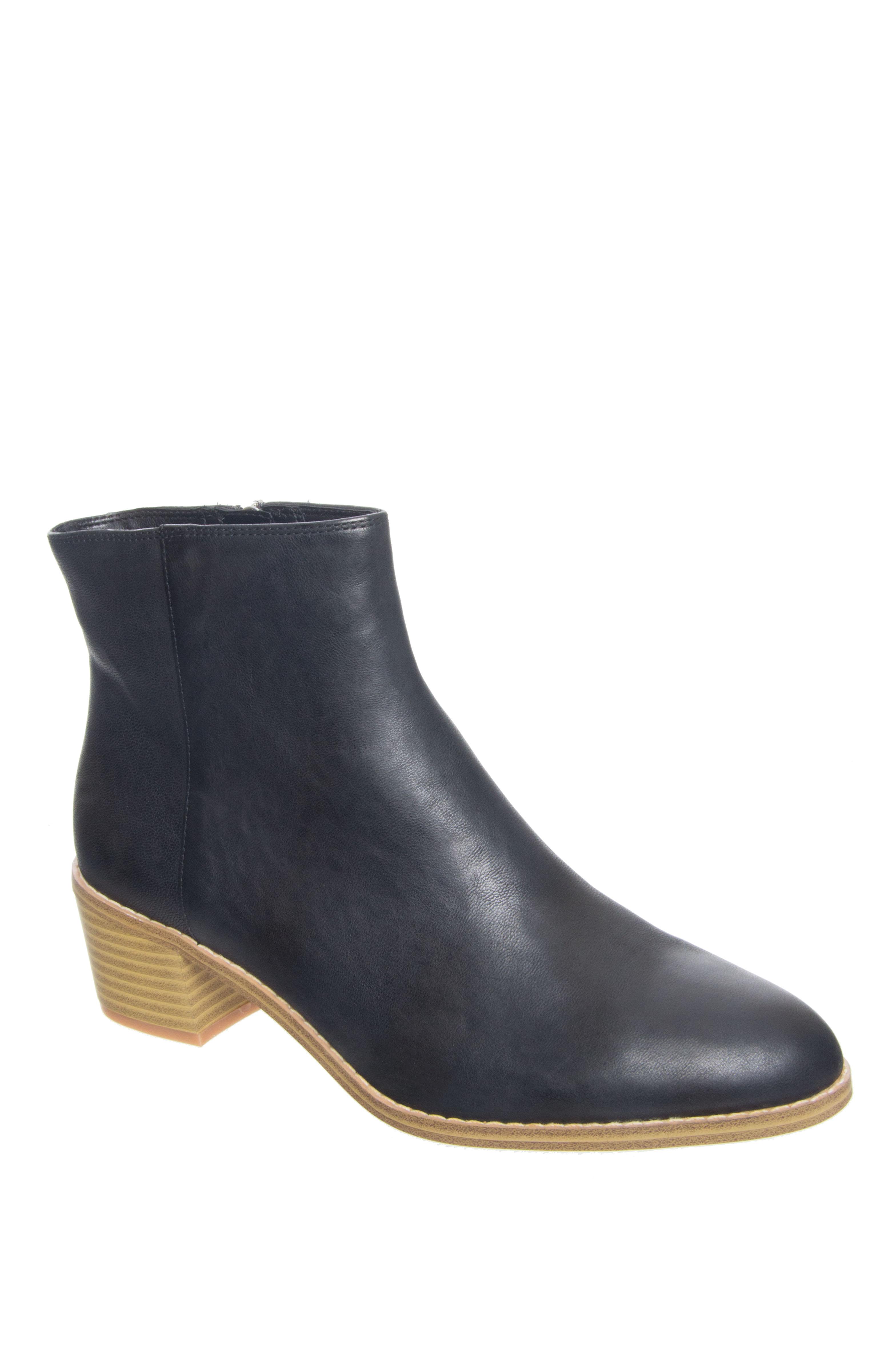 Clarks Breccan Myth Mid Heel Booties - Black