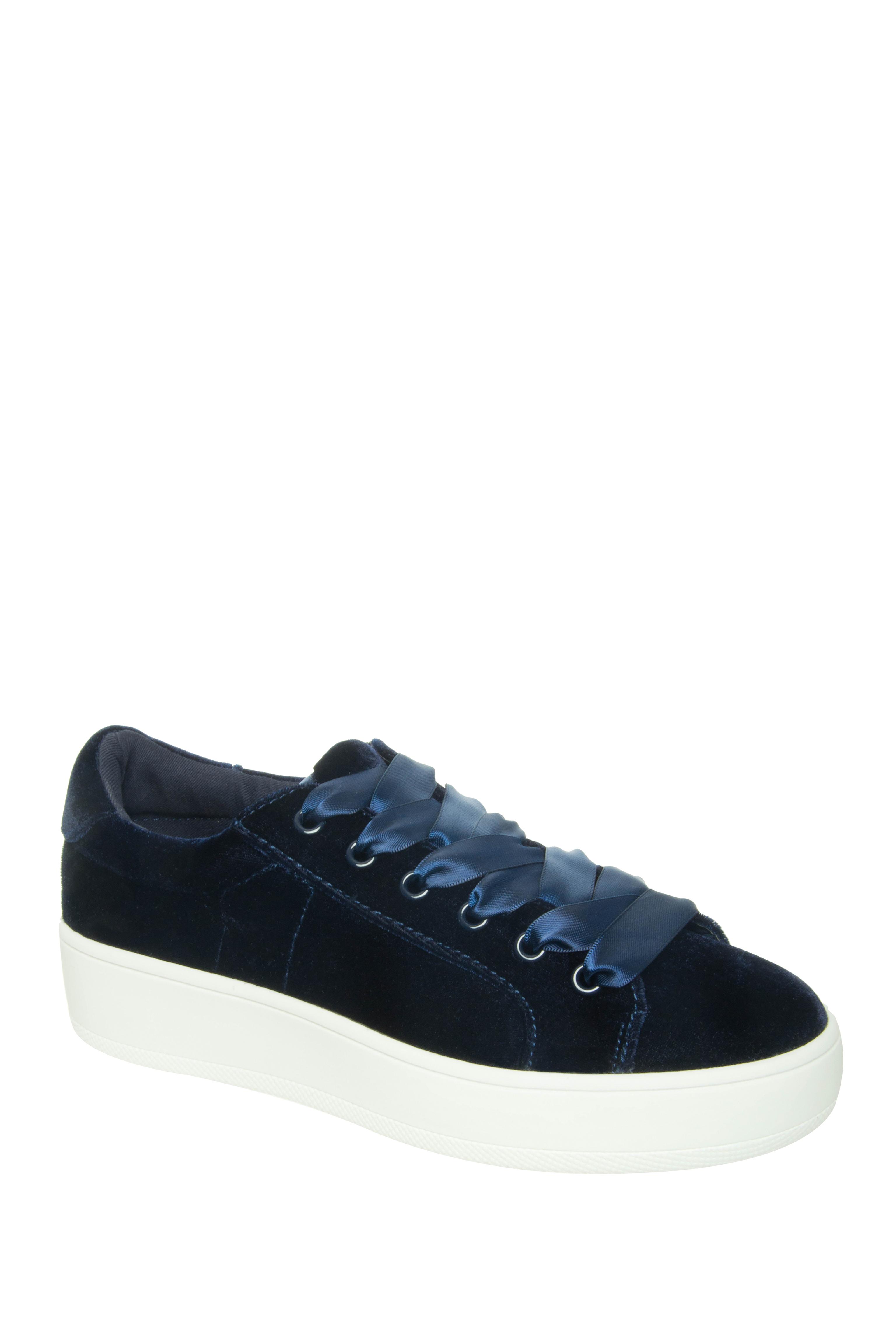 Steve Madden Bertie-V Low Top Sneakers - Blue Velvet