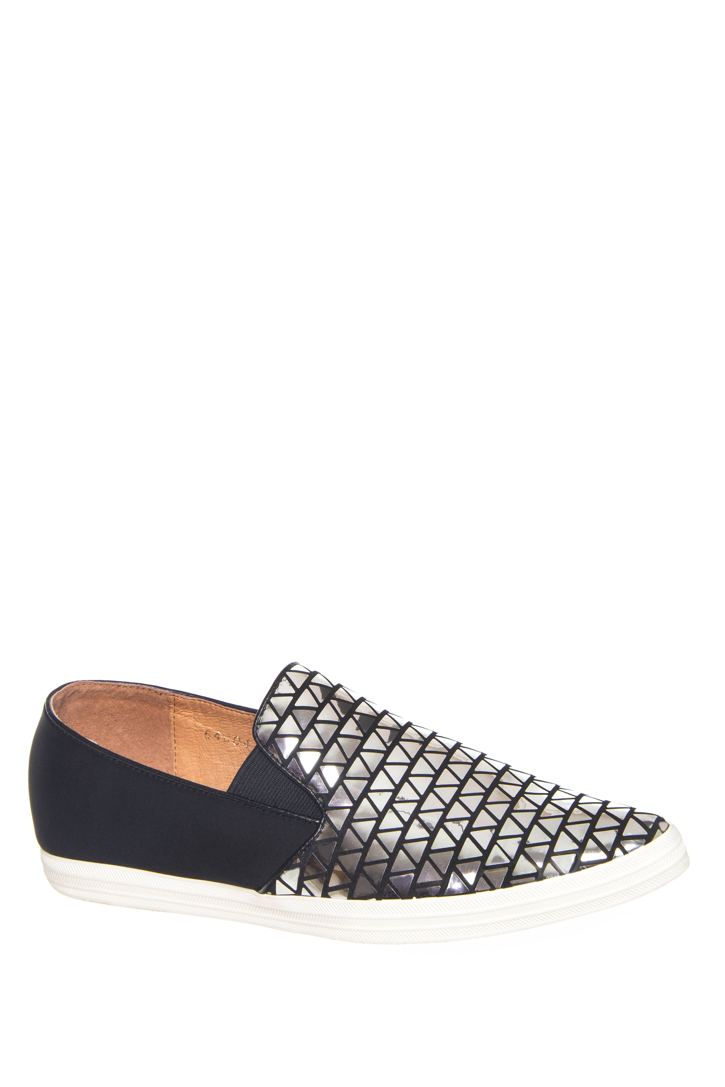 All Black Scales Pointed Toe Slip On Sneakers - Silver / Black