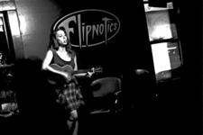 Lisa Kettyle Presents: Open Mic at Flipnotics