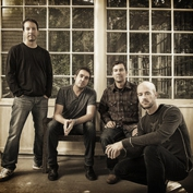 Yonder Mountain String Band, Wood & Wire