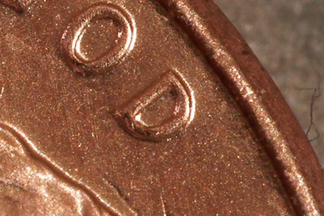 quick macro shot of a penny, 100% size, cropped
