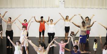 Dance-with-mmdg28_oh2014_johan-henckens-edited-web