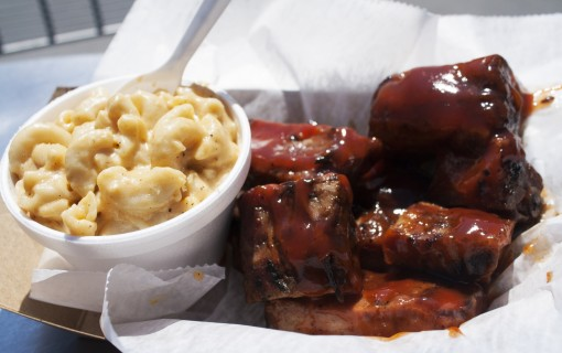 mac and cheese and BBQ from Daddy Pete's food truck