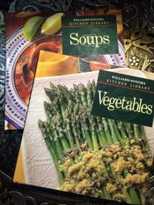 Willams-Sonoma-Kitchen-Library-Soups-and-Vegetable-Book-Combo-1993-301696048888