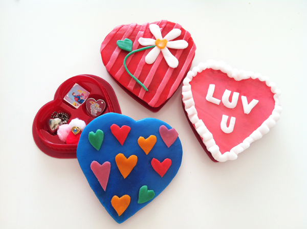 Nut-free Valentine's Candy Boxes