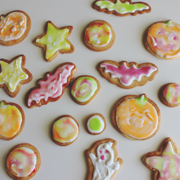 Halloween cookies for a party #SweetOrTreat #CollectiveBias #shop