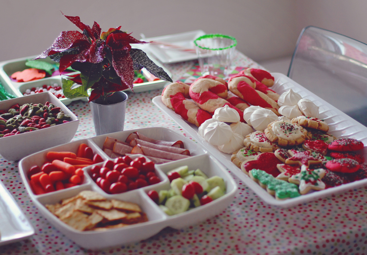 Fifties retro Christmas party food