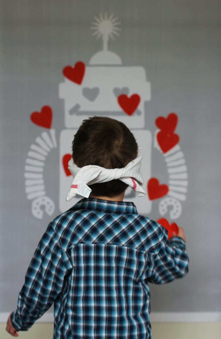 Pin the heart on the robot party game