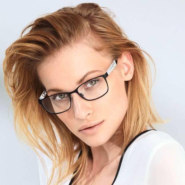 square lady glasses.jpg