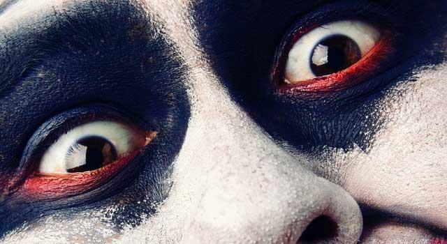 close up photo of a clown 2970498