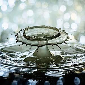 water drop dry eyes 3