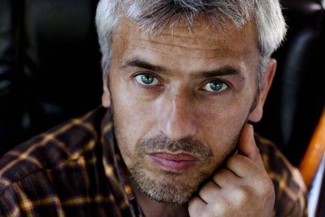 portrait of older man with macular degeneration