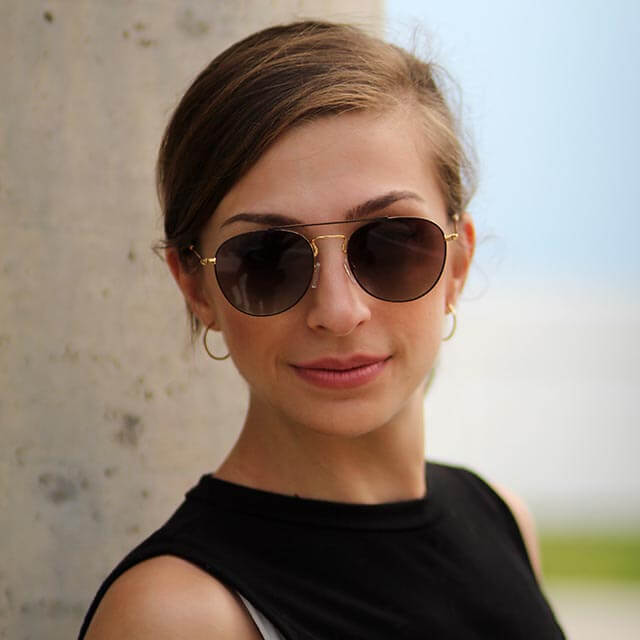 woman sunglasses 2_640