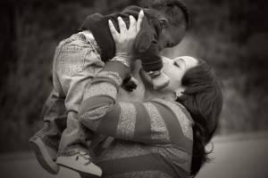 mother-child-bw-1280x853-300x200