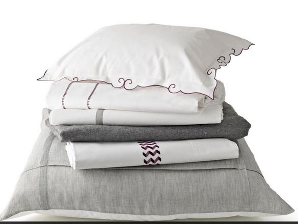 Stack_of_linens