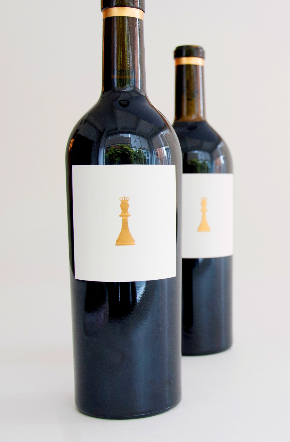 Checkerboard Proprietary Red King`s Row (Cabernet) 2010,  () from The BPW - Merchants of rare and fine wines.