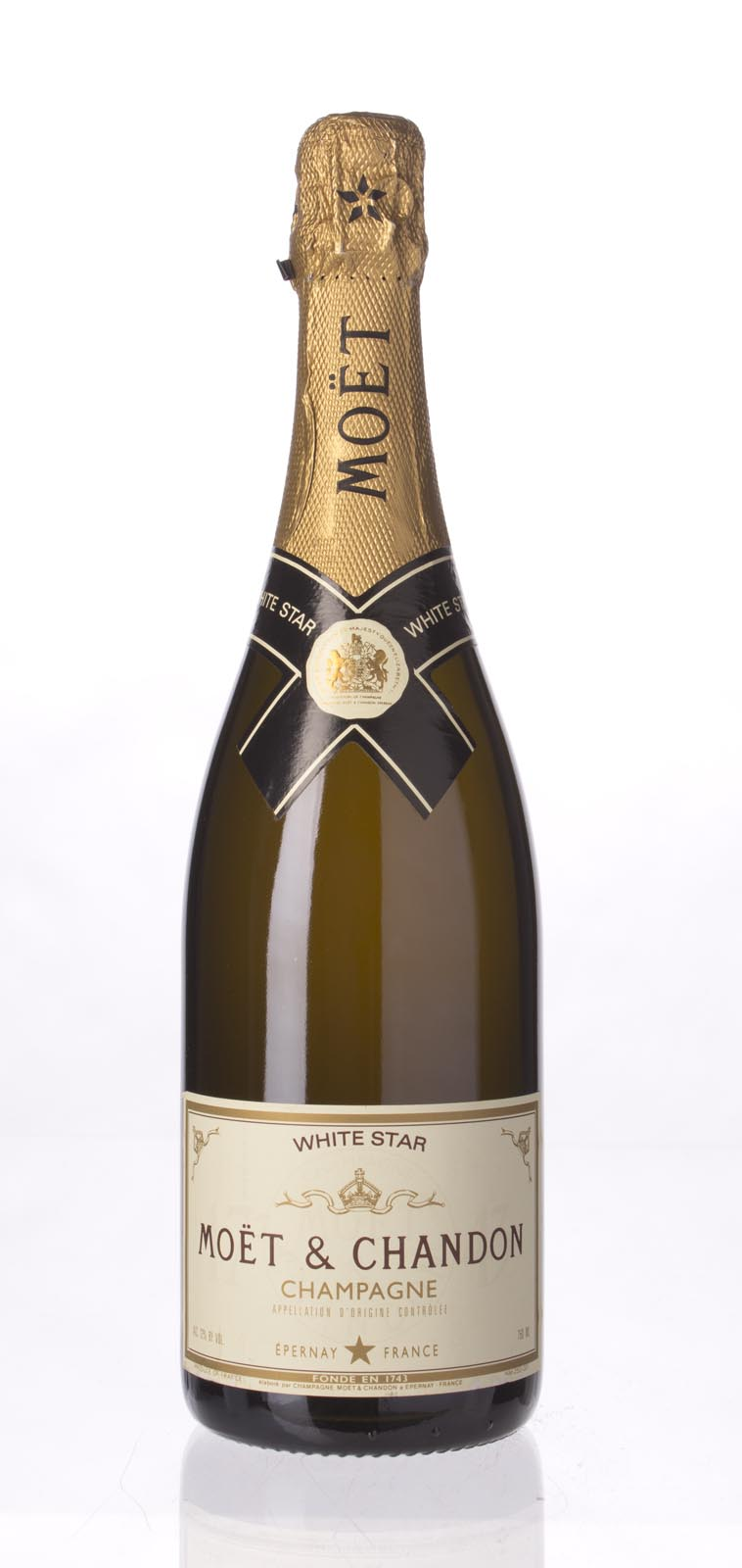 Moet Chandon White Star N.V., 750ml () from The BPW - Merchants of rare and fine wines.