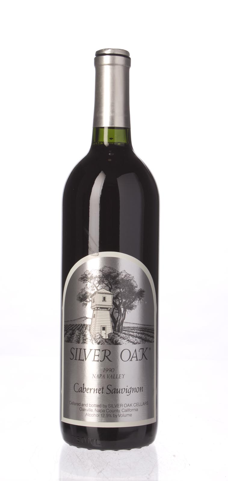 Silver Oak Cabernet Sauvignon Napa Valley 1990, 750mL (WA93) from The BPW - Merchants of rare and fine wines.