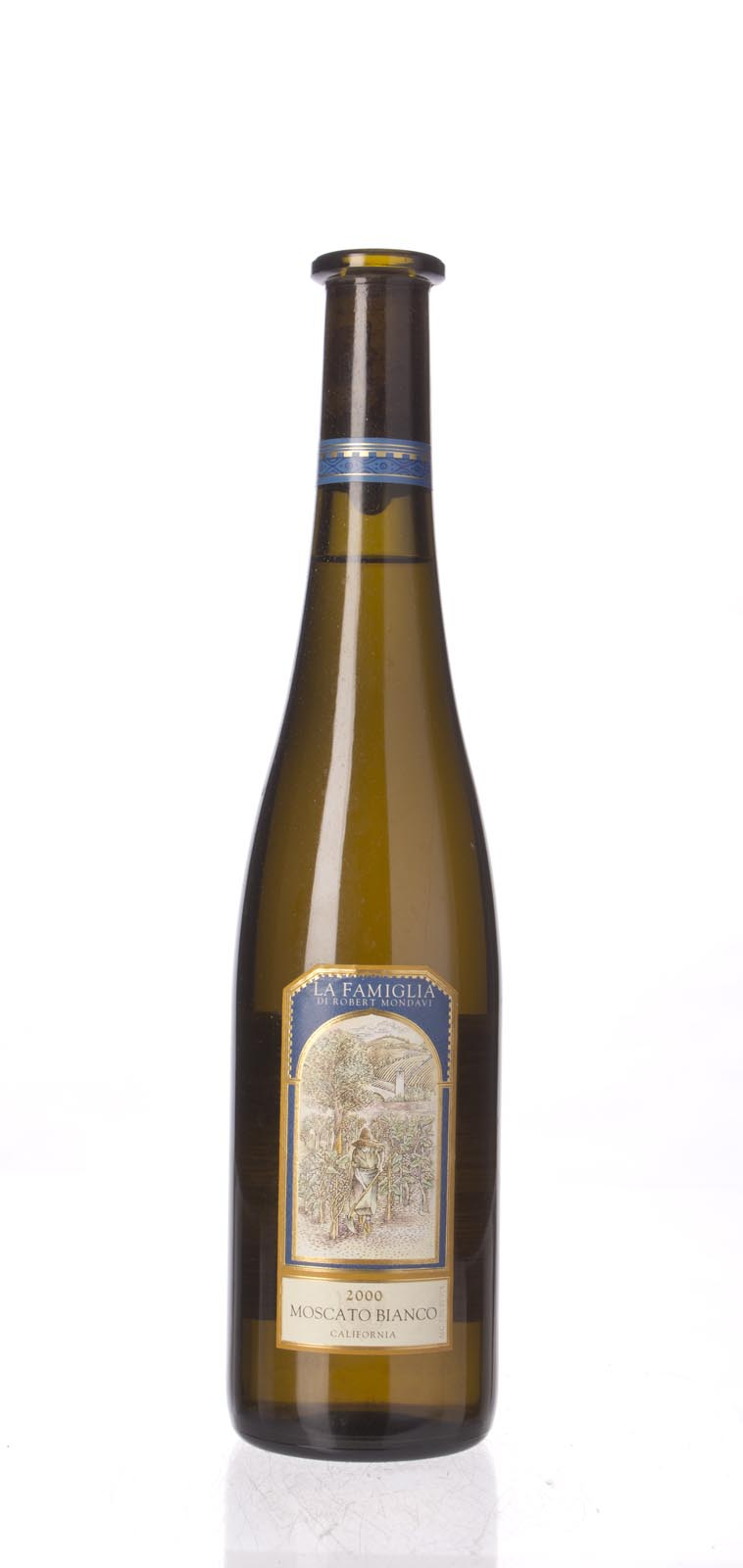 La Famiglia di Robert Mondavi Moscato Bianco 2000, 500mL () from The BPW - Merchants of rare and fine wines.