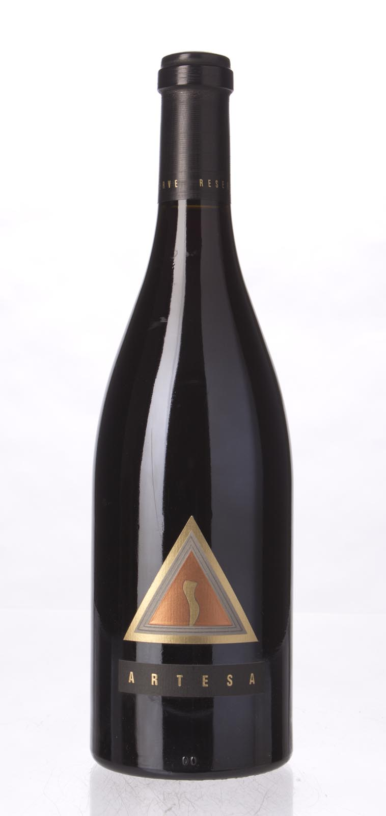 Artesa Pinot Noir Reserve 1998, 750mL (WA90) from The BPW - Merchants of rare and fine wines.