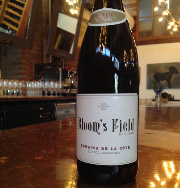 Les marchands wine bar merchant domaine de la cote for La fenetre a cote pinot noir 2012