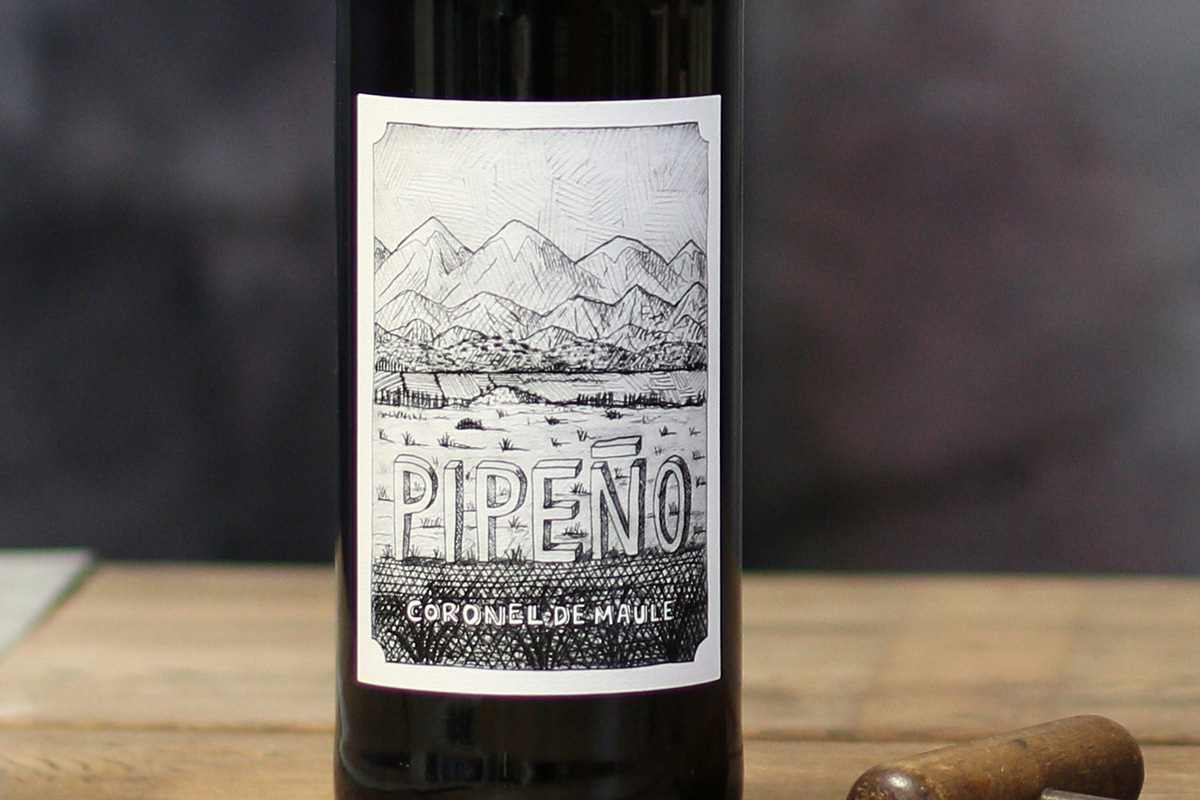 "SommSelect: Don Sergio Perez, País, ""Pipeño"" (1-Liter) Maule Valley, Chile 2017 - SommSelect"
