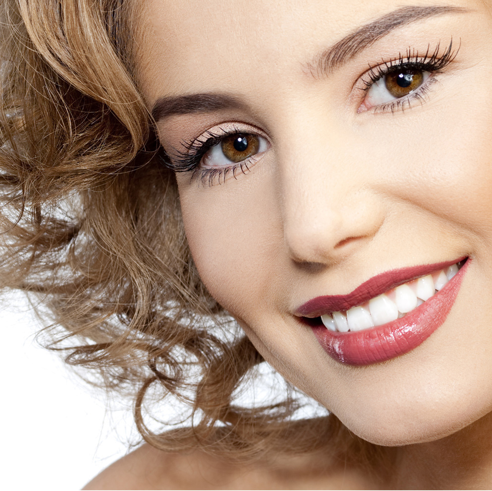 accredited cosmetic dentist